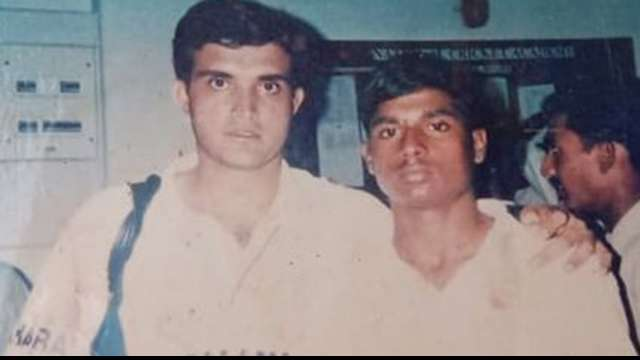 This Indian cricketer, who once played with Sourav Ganguly, is now running a food stall